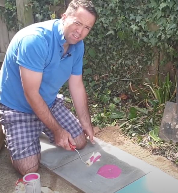 How to Paint Paving Slabs